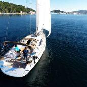 Location d'un voilier à Saint-Tropez pour profiter du littoral en famille